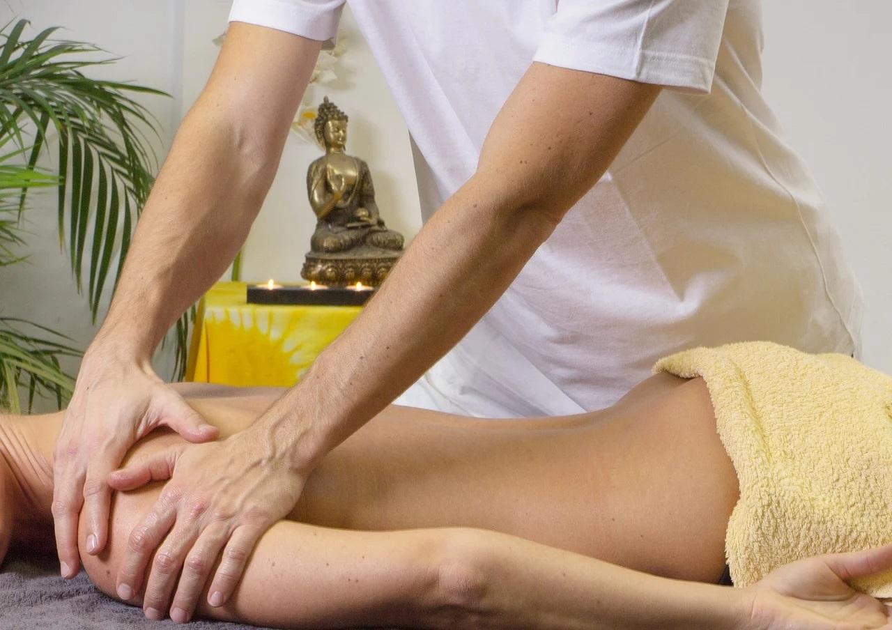 Quelle huille essentielle utiliser pour un massage relaxant ?